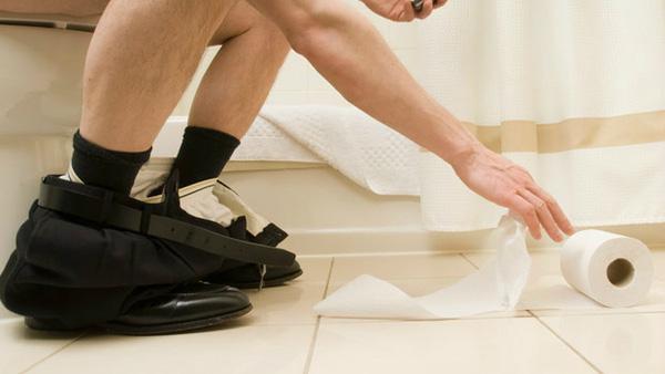 Bệnh trĩ ngoại có nguy hiểm không ? 1