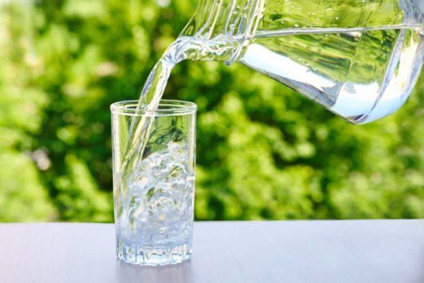 Uống đủ nước 1